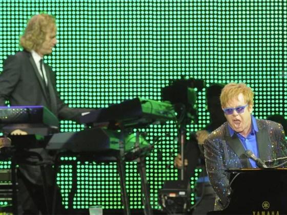 Elton John durante show no Jockey Club, em São Paulo, nesta quinta-feira (27) (Foto: G1/Flávio Moraes)