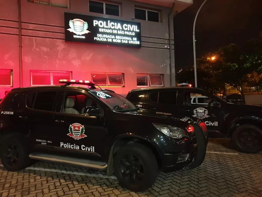 Policiais realizam operação da 4º fase da operação Luz da Infância — Foto: Divulgação Polícia Civil