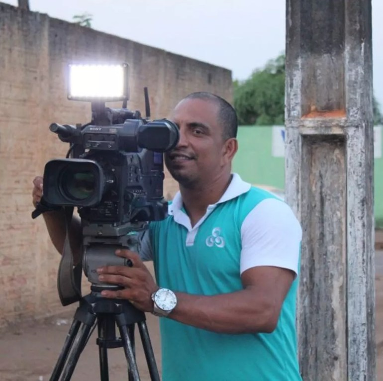 O cinegrafista da Rede Amazônica, Clebson Ribeiro da Cunha, está entre os desaparecidos.  — Foto: Pedro Bentes/Arquivo pessoal