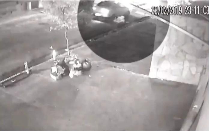 Atropelo foi registrado por câmera de segurança em Ilhéus — Foto: Reprodução/TV Santa Cruz
