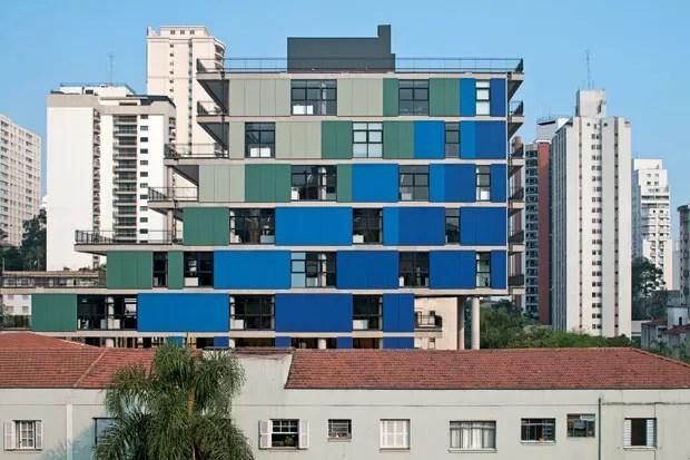 Edifício João Moura em São Paulo, 2010, projeto de Nitsche Arquitetos Associados (Foto: Leonardo Finotti)