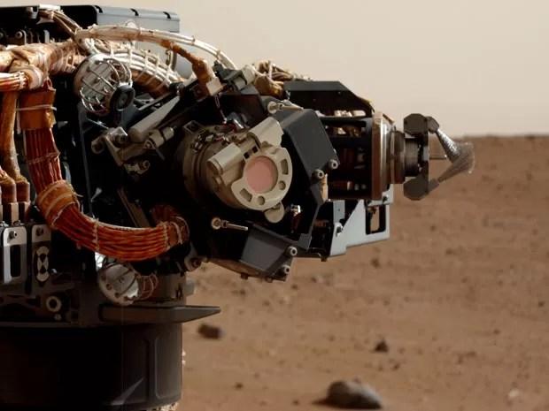 Foto em alta resolução do braço do Curiosity (Foto: Nasa/JPL-Caltech)
