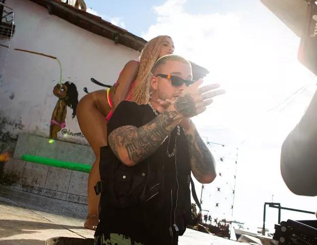 Anitta e J Balvin (Foto:  Ricardo Muniz/Divulgação)