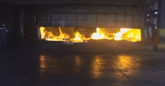 Incineração foi feita na manhã desta terça-feira (15) (Foto: Polícia Federal/ Divulgação)