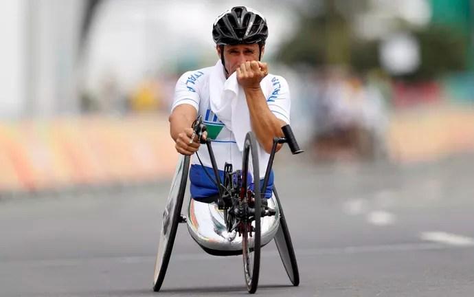 Alessandro Zanardi prata ciclismo Paralimpíada Rio (Foto: Ueslei Marcelino / Reuters)