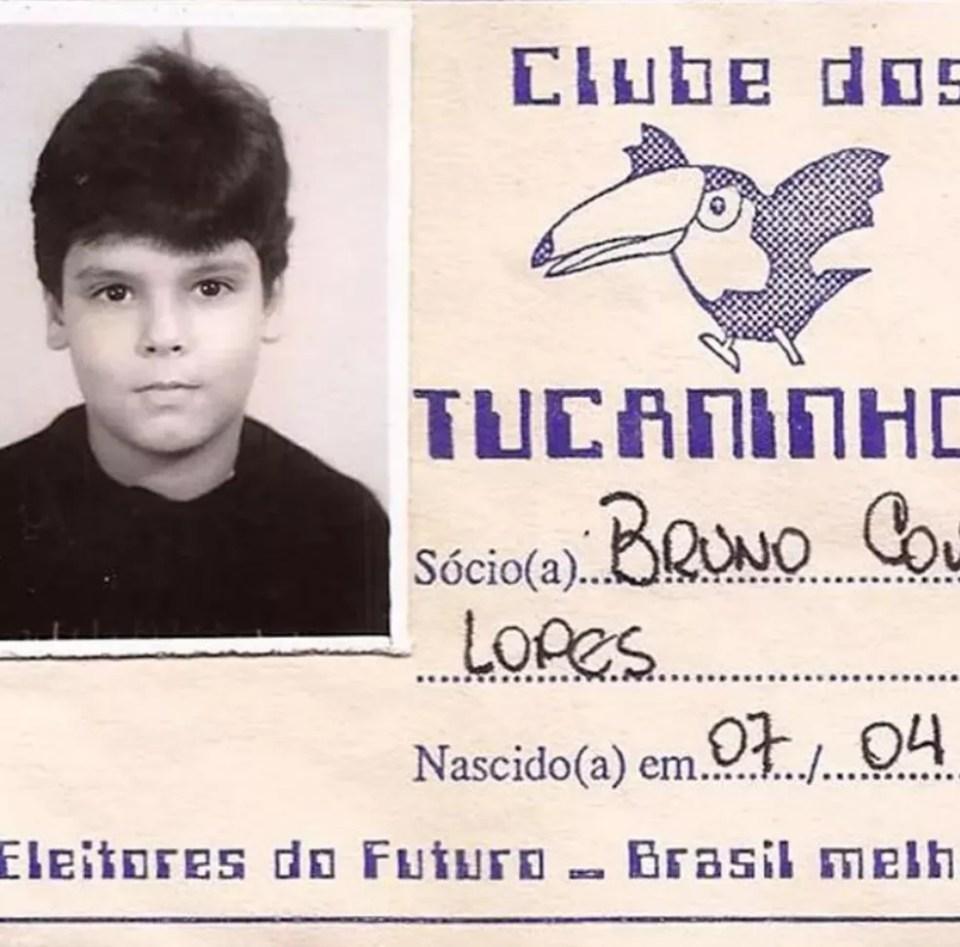 Ficha de filiação de Bruno Covas ao Clube dos Tucaninhos — Foto: Divulgação/PSDB