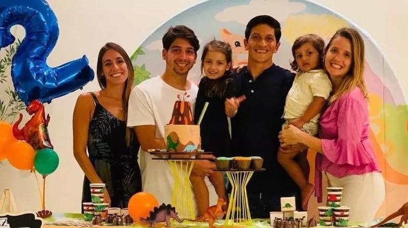 Famílias de Martin Benítez e Germán Cano são amigas — Foto: Reprodução