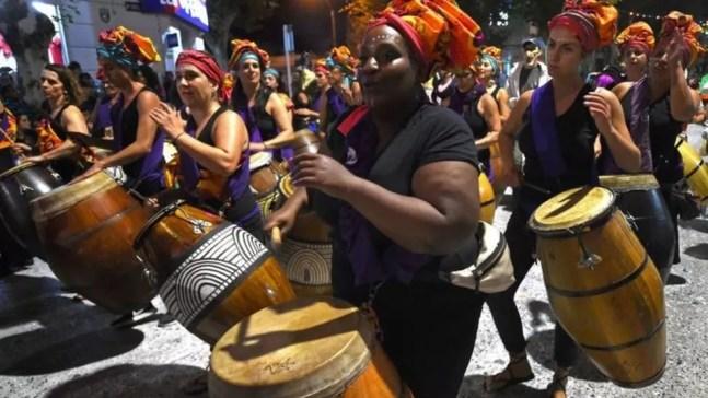 O ritmo candombe é uma herança africana. — Foto: Getty Images via BBC