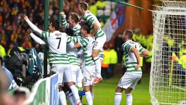 Comemoração do Celtic contra o Barcelona (Foto  Getty Images) 69bc3c85b9110