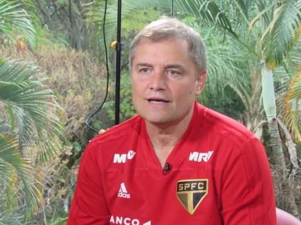 Aguirre tem 21 jogos à frente do São Paulo, com dez vitórias (Foto: Leandro Canônico)