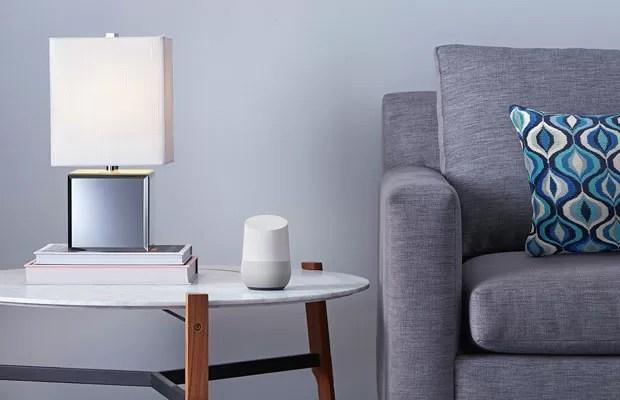 Google Home, assistente doméstico para controlar aparelhos conectados dentro de casa. (Foto: Divulgação/Google)