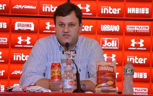 Vinícius Pinotti pediu demissão do São Paulo (Foto: Rubens Chiri/saopaulofc.net)