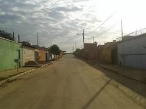 Rua onde o crime aconteceu (Foto: Michelly Oda/G1)