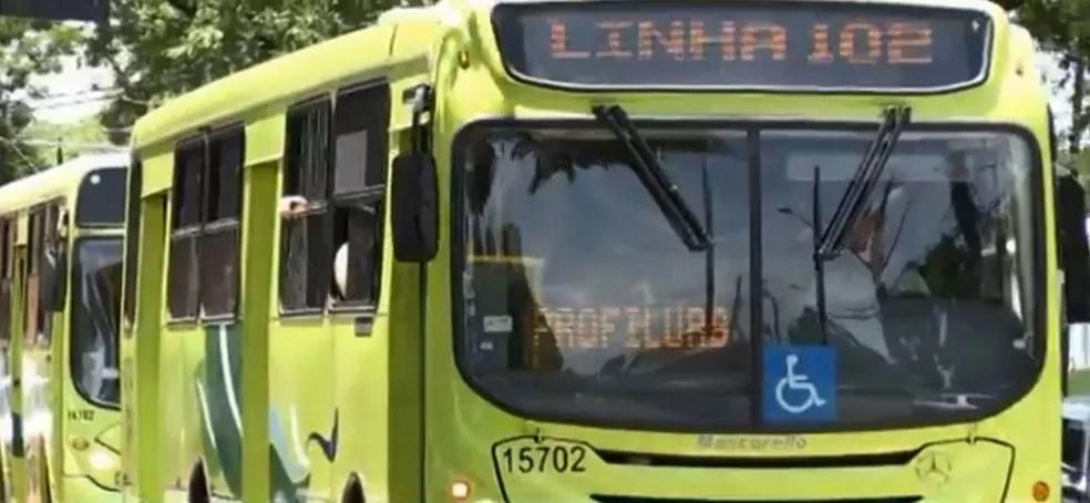 Quase 70 mil pessoas utilizam o transporte coletivo, em Foz do Iguaçu — Foto: RPC Foz do Iguaçu/Reprodução
