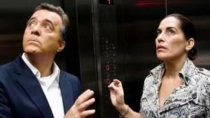 Cláudio e Helena estão prestes a se separar, mas, durante uma discussão, eles trocam de corpos mais uma vez. Agora eles têm que viver a vida do outro novamente.