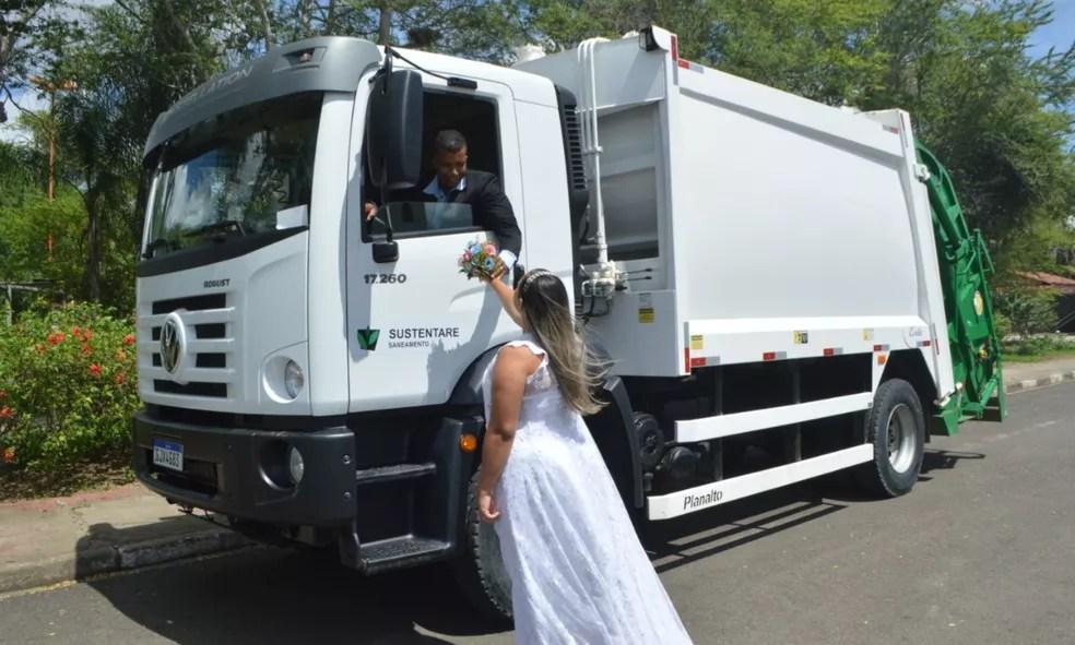 Baiana fez homenagem ao esposo em ensaio fotográfico de casamento  — Foto: Tecio Oliveira