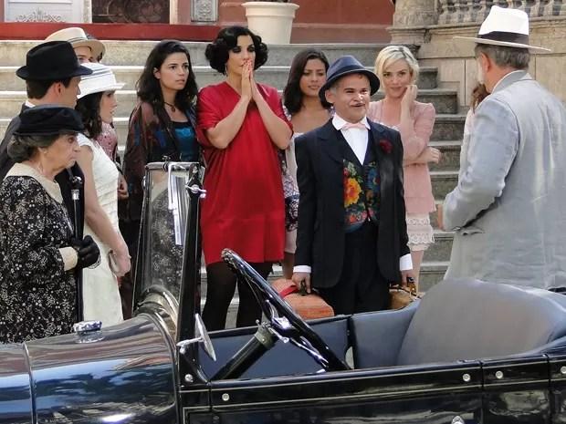 Momentos antes, ele estava indo embora de mala e cuia (Foto: Gabriela / TV Globo)