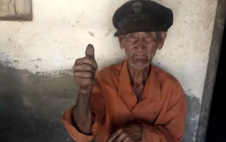 Dionísio Batista de Souza esbanja disposição aos 94 anos — Foto: Arquivo pessoal/Adelaide de Souza
