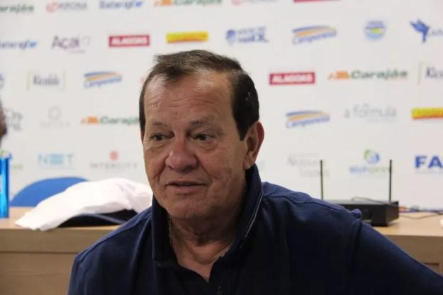 Rafael Tenório descartou interesse em Léo Ceará — Foto: Denison Roma/GloboEsporte.com