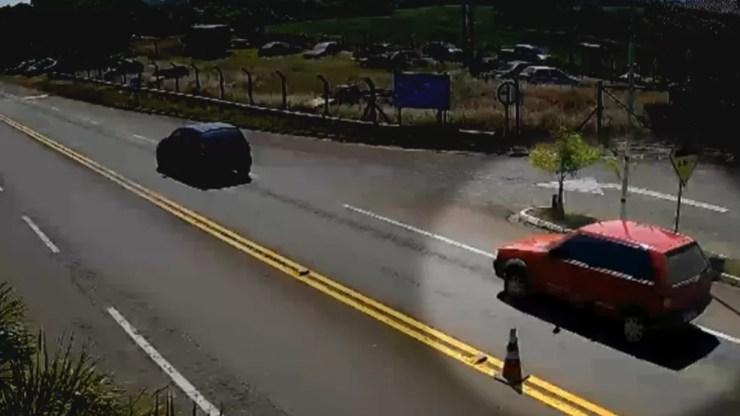 Imagens fornecidas pela polícia mostram carro onde médica foi levada de Erechim — Foto: Divulgação/Polícia Civil