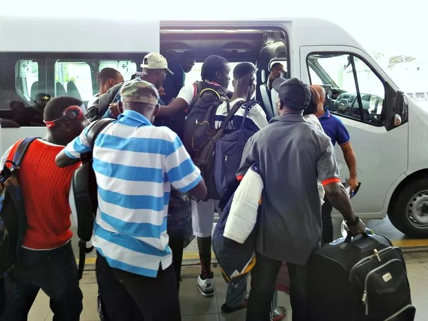 Haitianos foram encaminhados para abrigos em Manaus (Foto: Ive Rylo/G1 AM)