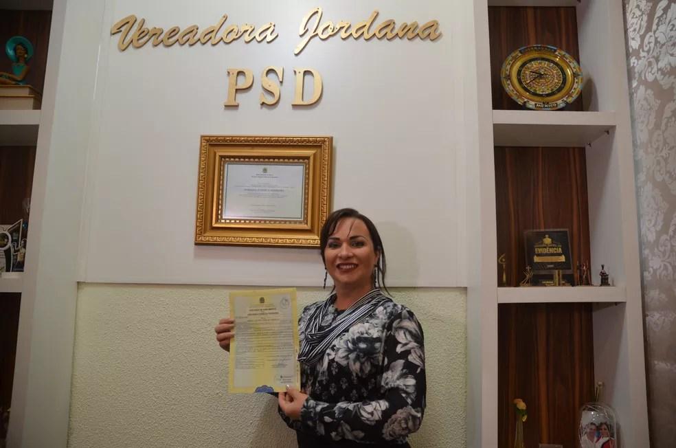 Processo para mudar sexo no documento foi iniciado em janeiro (Foto: Magda Oliveira/G1)
