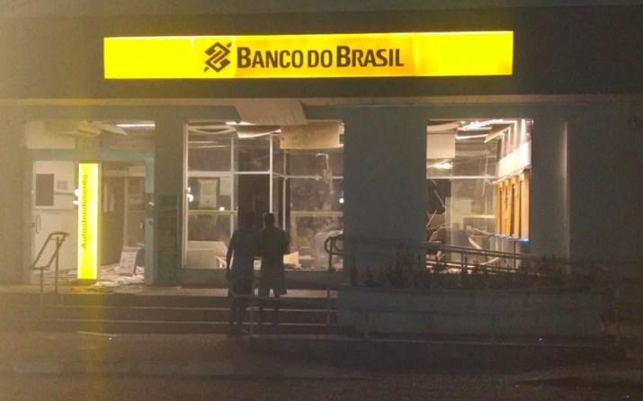 Agência do Banco do Brasil ficou destruída após ataque com explosivos em Conceição do Almeida — Foto: Reprodução/Redes Sociais