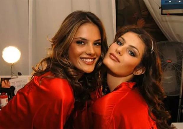 Alessandra Ambrosio e Isabeli Fontana (Foto: Reprodução)