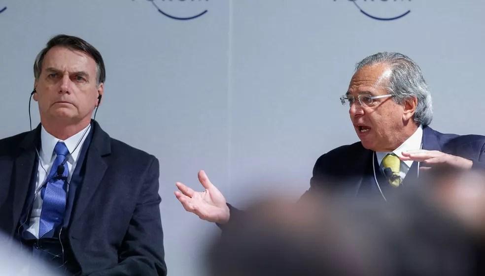 O presidente Jair Bolsonaro e o ministro da Economia, Paulo Guedes — Foto: Alan Santos/PR