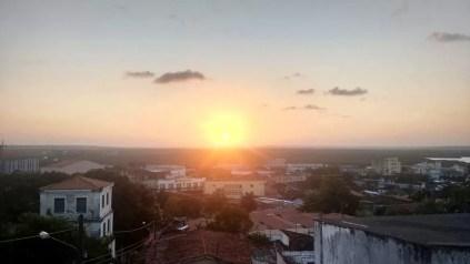 Pôr do Sol a partir da Avenida General Osório, em João Pessoa (Foto: Sara Andrade/Arquivo Pessoal)