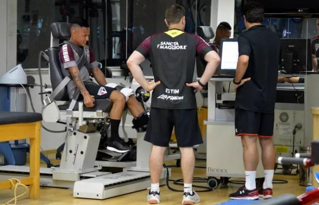 Neilton realiza testes na manhã desta quinta-feira no CT do São Paulo (Foto: Érico Leonan / saopaulofc.net)