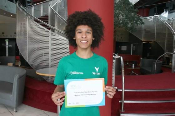 Aluno do terceiro ano do ensino médio do IFPR, Gustavo já havia sido o primeiro colocado na Olimpíada Nacional de Linguística. (Foto: Grupo Vertere/Divulgação)