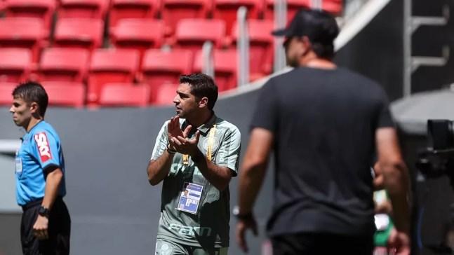 Abel Ferreira foi expulso na partida entre Palmeiras e Flamengo — Foto: Cesar Greco / Ag. Palmeiras