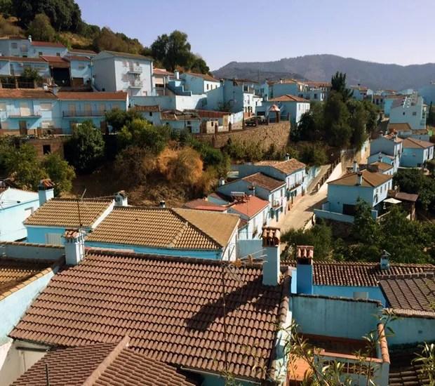 Júzcar, Espanha (Foto: Reprodução / Facebook)