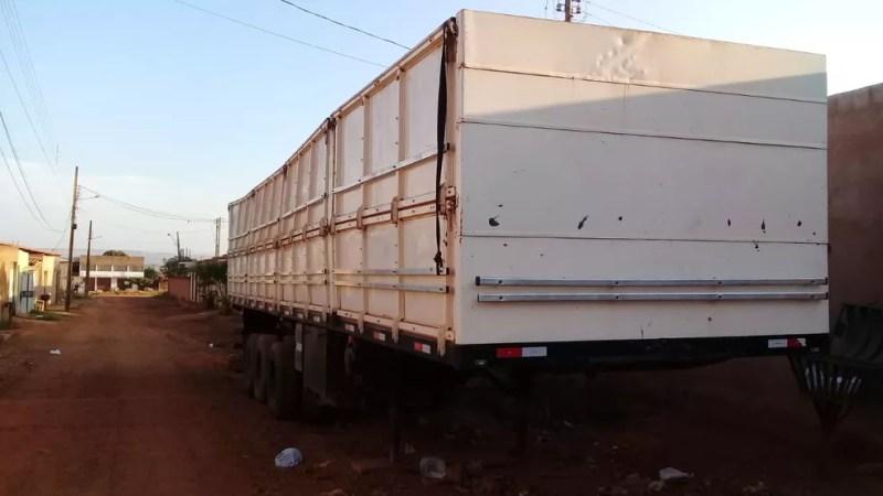 Organização criminosa usava veículos de carga para armazenar mercadorias roubadas — Foto: Divulgação/PCDF