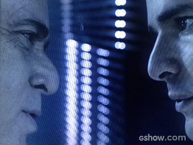 Braga ameaça Bruno após ver o vídeo no escritório de Angela (Foto: O Rebu / TV Globo)
