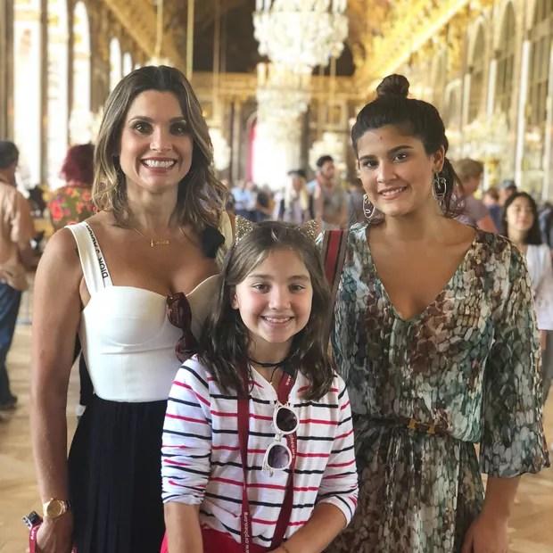 Flávia Alessandra, Olívia e Giulia Costa (Foto: Reprodução/Instagram)