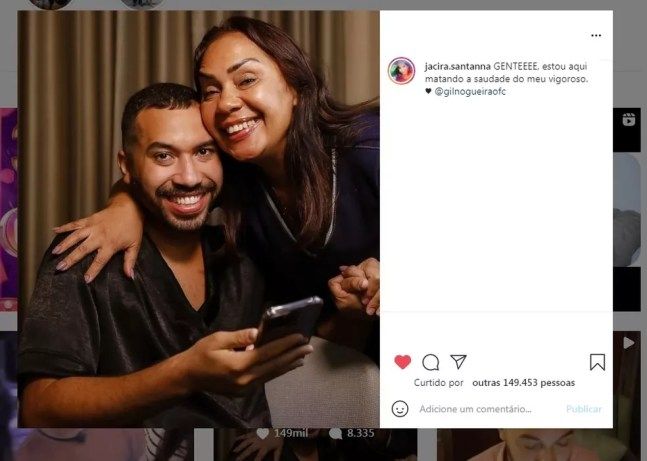 Gil do Vigor apoia a mãe no trabalho com redes sociais — Foto: Reprodução/Instagram