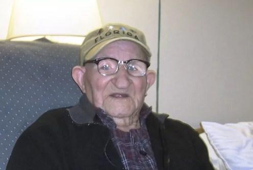 Salustiano Sanchez-Blazquez, homem mais velho do mundo segundo o Guinness (Foto: AP)
