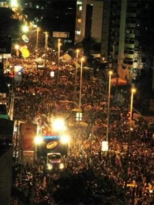 Bloco desce a Avenida Epitácio Pessoa (Foto: Divulgação)