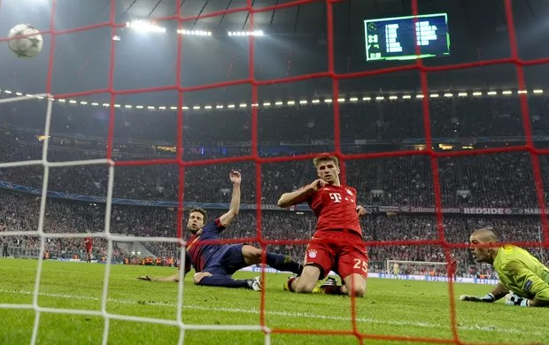 Mueller, Bayern de Munique x Barcelona (Foto: AFP)