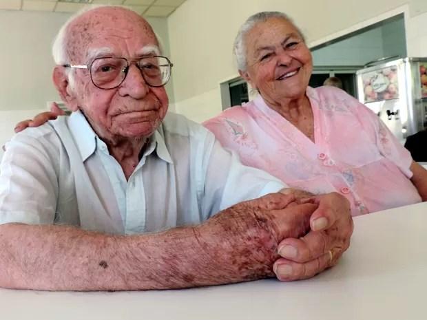 Idosos se conheceram em casa de repouso (Foto: Carlos Dias/G1)
