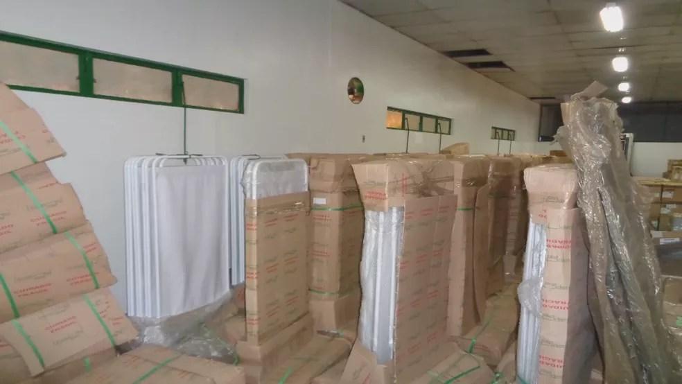 Itens estocados no depósito da Secretaria de Saúde (Foto: Polícia Civil do DF/Divulgação)