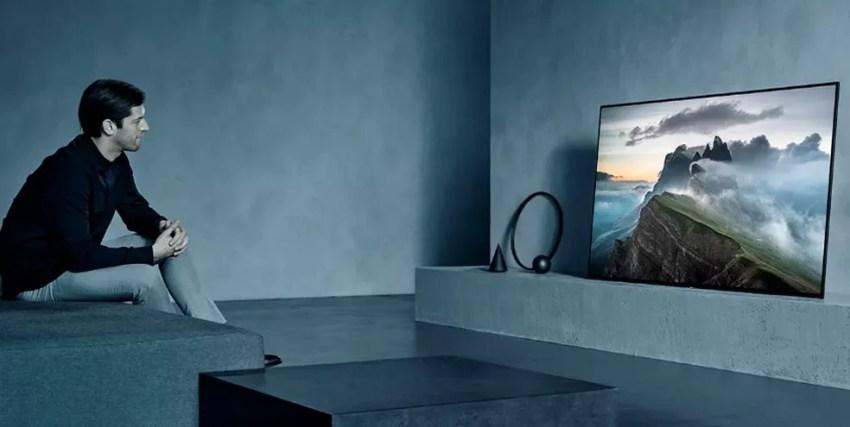Nova TV 8K da Sony promete ser ideal para PS5 e otimizar imagem e som de acordo com o ambiente — Foto: Divulgação/Sony