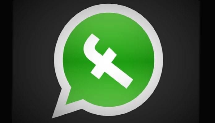 Usuários fazem modificações na logomarca  (Foto: Reprodução/Facebook)