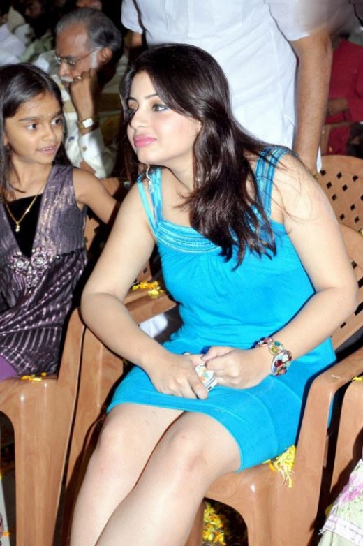 Actress Suhani Spicy Hot Legs & Face Shots Photoshoot images