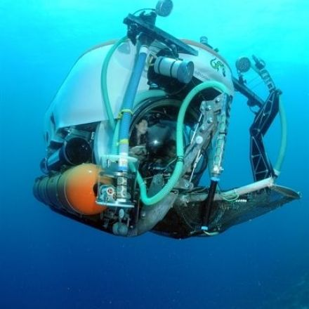 551 Feet Under the Sea: What It's Like to Ride in a Deep-Sea Sub