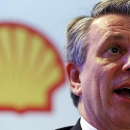 Shell CEO urges switch to clean energy as plans hefty renewable spending