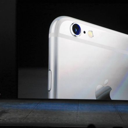Apple wants the FBI to reveal how it hacked the San Bernardino killer's iPhone