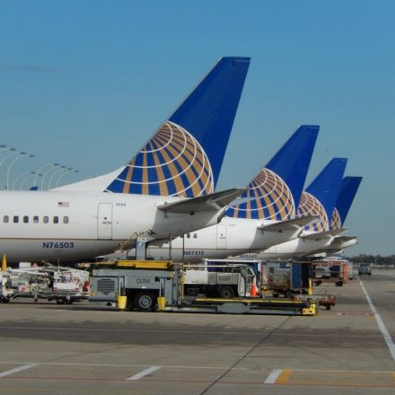 United Airlines sues 22-year-old who found method for buying cheaper plane tickets